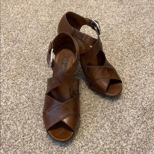Brighton whiskey leather heels size 7